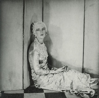 smaller_SIR-CECIL-BEATON_BABA-1925
